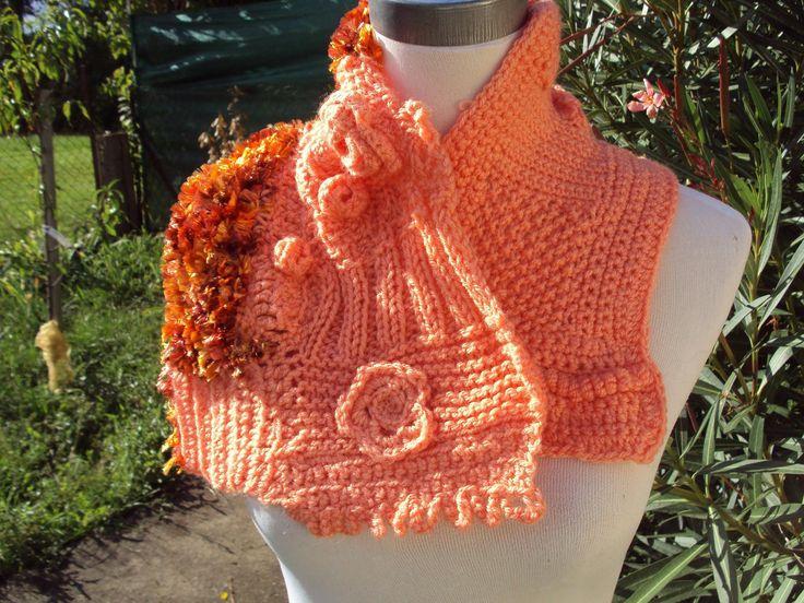 Col, écharpe en tricot et crochet free form orange : Echarpe, foulard, cravate par l-atelier-de-mo