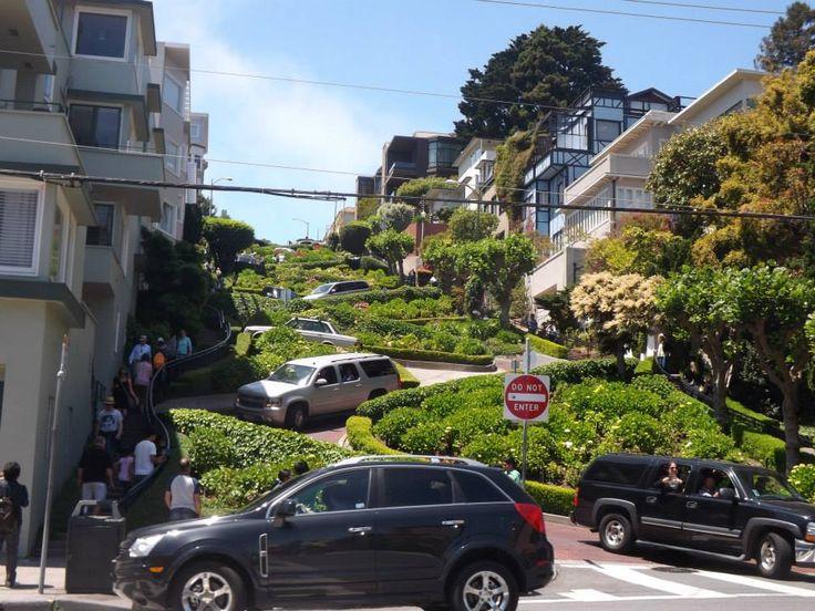 Lombard Street, #SanFrancisco