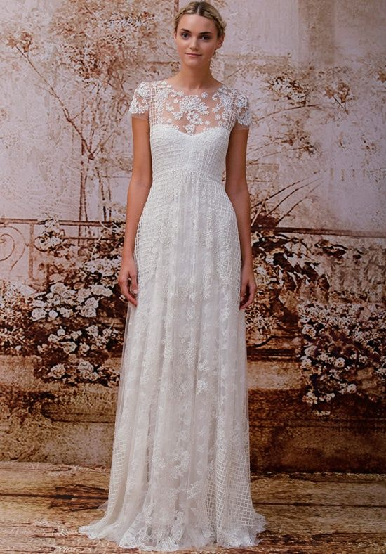 Ivory Chantilly lace short sleeve i wedding gown | Valentina from Monique Lhuillier