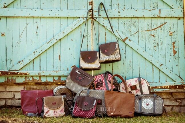 Nelly Bags Family. Leather and fabric handbags