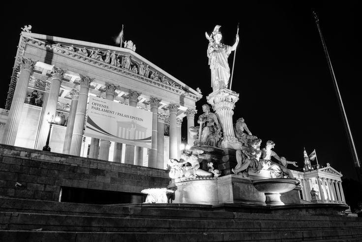 https://flic.kr/p/uhezX5 | Fuente de Palas Atenea, Parlamento , Vienna, Austria