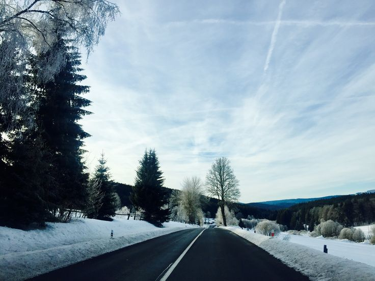 Winter Wonderland. I'd rather be in the mountains! On my way to the Šumava paradise.