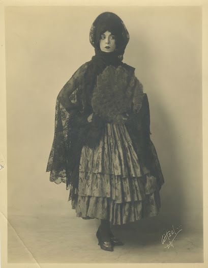 Martha Graham in Malagueña (1921) - Google Cultural Institute