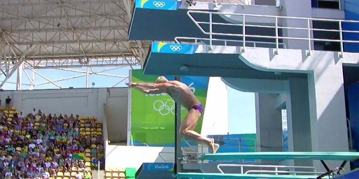 Reigning Olympic diving champion scores a 0.0 on a disastrous 'no-dive' belly-flop