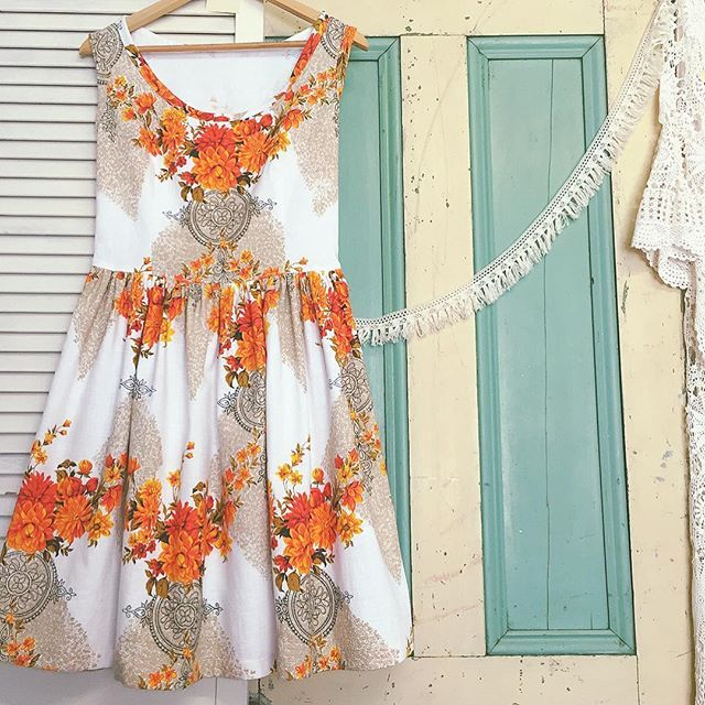 """""""Citrus delight! For bride Thea to wear the morning after her wedding celebrations. Fussy cut so that gorgeous floral sits beautifully at the neckline.  It's such a glorious spring day here...the sun's so warm, the flowers are blooming and I can't wait for a barefoot weekend  Happy days!! #barkcloth #summerfolk #folkstyle #vintagefabric #citrus #springtime #handmadedress #imadethis #countrywedding #countrystyle #farmerswife"""""""