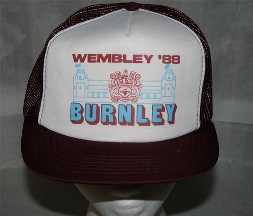 Vintage BURNLEY FOOTBALL CLUB 1988 WEMBLEY SNAPBACK CAP Hat-soccer/NEW/FREE SHIP