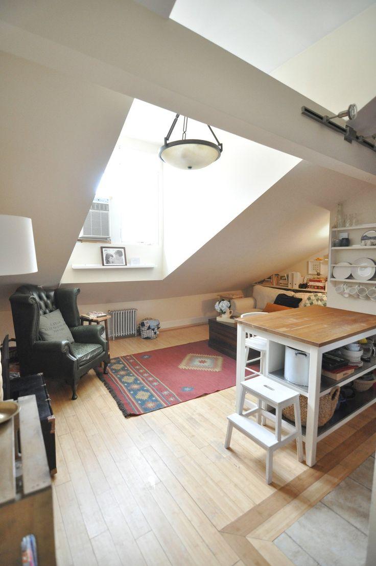 Elizabeth & Nick's Attic Apartment in Manhattan