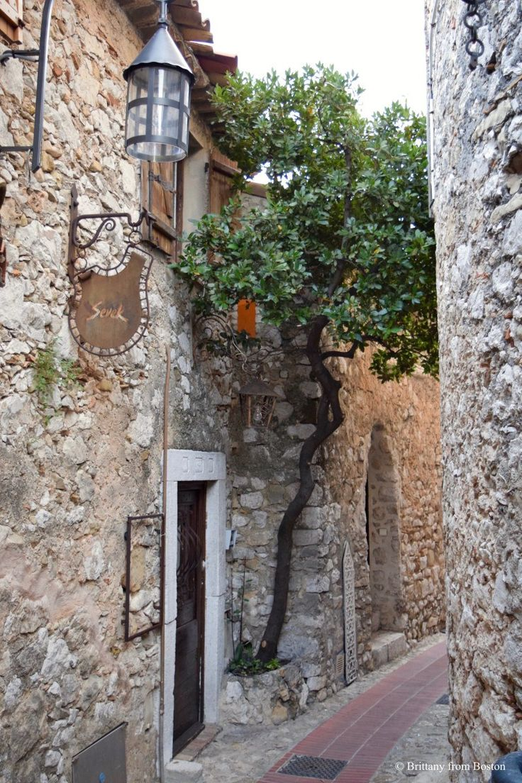 Èze Visitor Guide: The Highest Village on the Riviera // Brittany from Boston