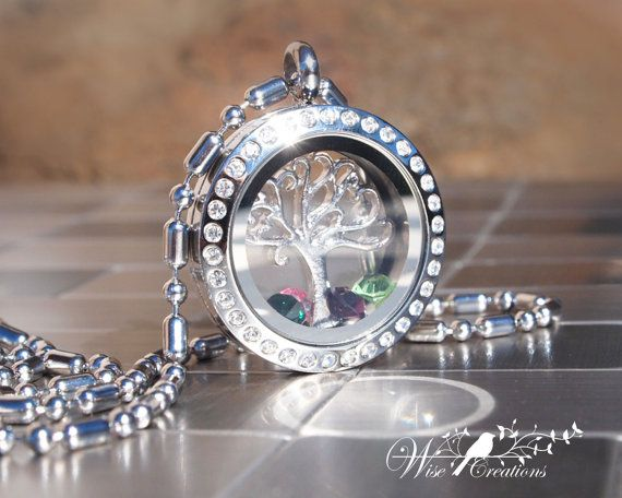 Hey, I found this really awesome Etsy listing at https://www.etsy.com/listing/178991436/family-tree-floating-memory-locket