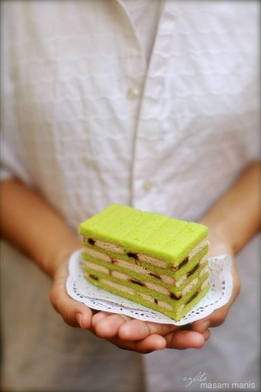 masam manis: SULTANA BISCUIT LAYERED CAKE