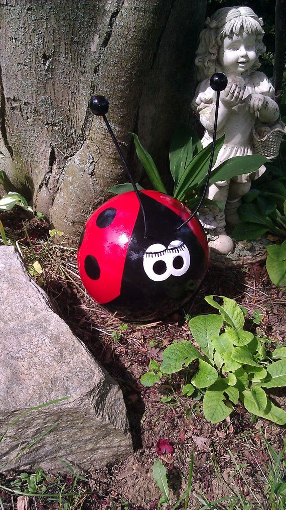 Lady+Bug+Bowling+Ball+Garden+Ornament+by+CraftMeUpSomeFun+on+Etsy,+$45.00