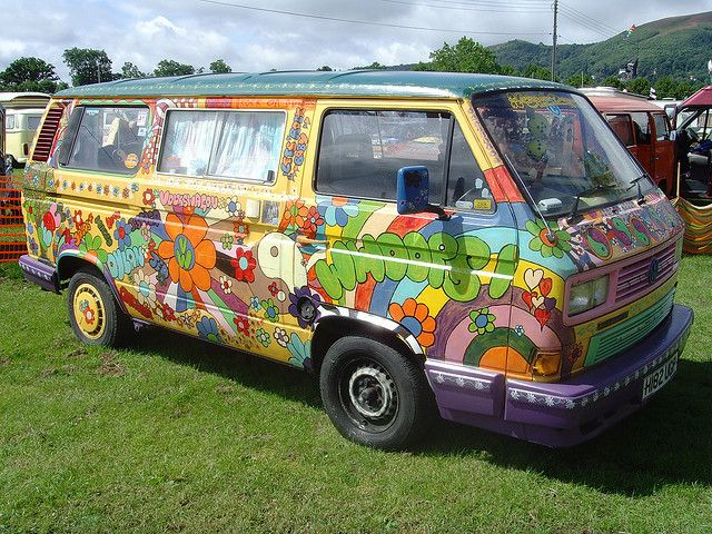 Vw Hippie Van >> A Very Striking Hippie Flower Power Van | Vans, Volkswagen and Vw