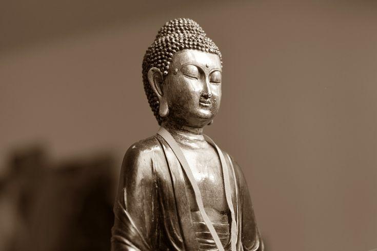 Meditieren für Anfänger: 3 super einfache Übungen. https://contharsis.wordpress.com/2016/03/06/meditieren-fuer-anfaenger-3-super-einfache-uebungen/