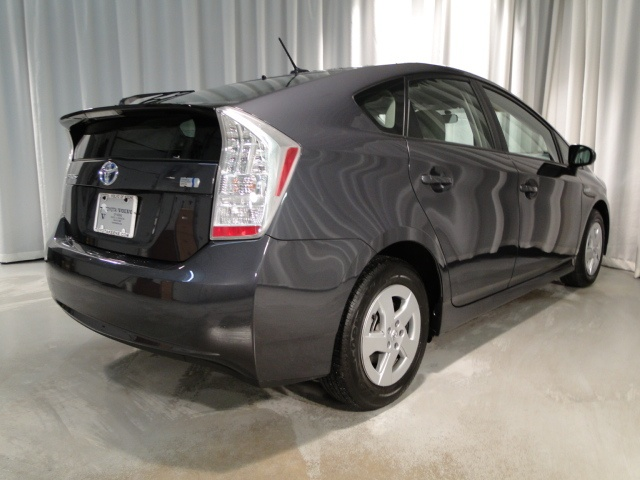 2011 Gray Toyota Prius http://www.iseecars.com/used-cars/used-toyota-prius-for-sale