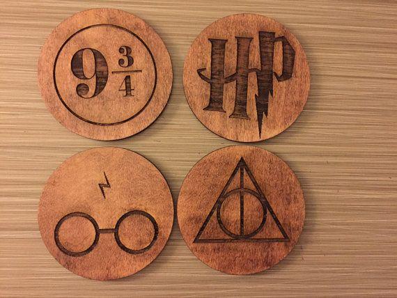 Harry Potter symboles carreaux en bois