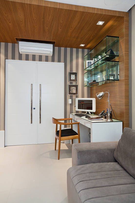 Home office com estantes de vidro inspiradoras https www homify