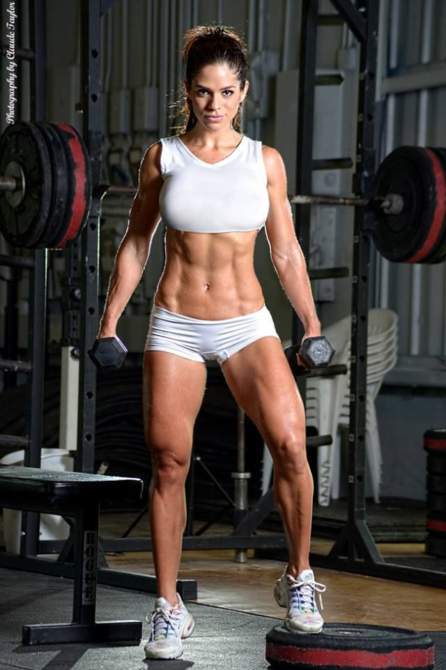 Lady crush on Michelle Lewin - Find 65+ Top Online Activewear Stores via | Repinned www.pinterest.com/muskelfarm/