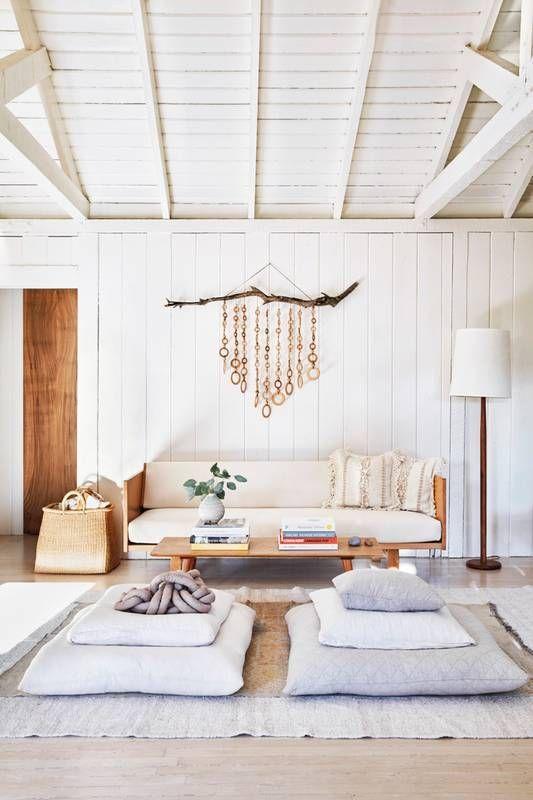 serene living room.