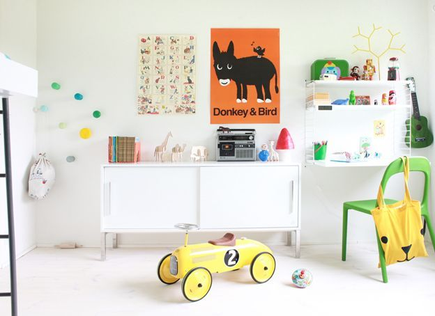 A fresh and colourful room for boy or girl
