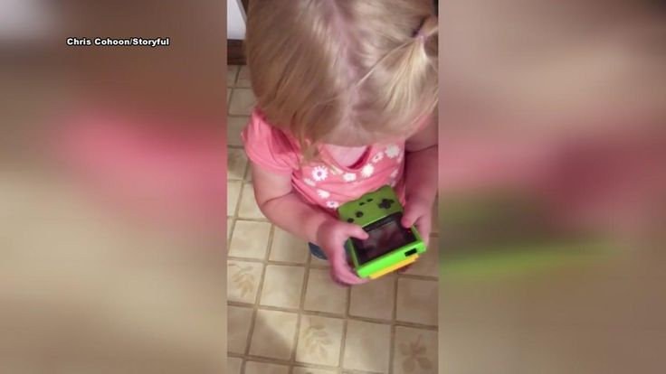 The girl's father gave his daughter his old Nintendo Game Boy, but she quickly realized that it wasn't like the gaming devices we use today.