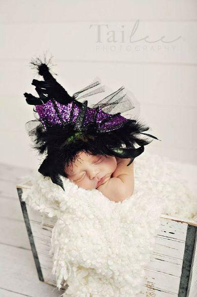 Newborn Halloween Wich hat photo grop TiddlyWinks