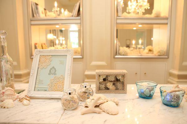 結婚式のテーマを二人が大好きな海に!飾り付ける小物も手作り&持ち込みで。