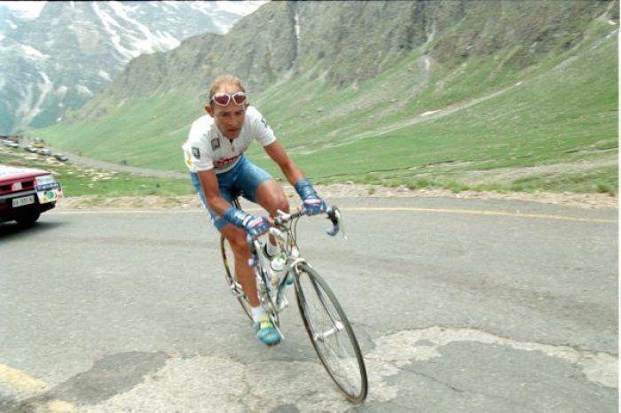 Il #ciclismo (e non solo) ricorda #MarcoPantani
