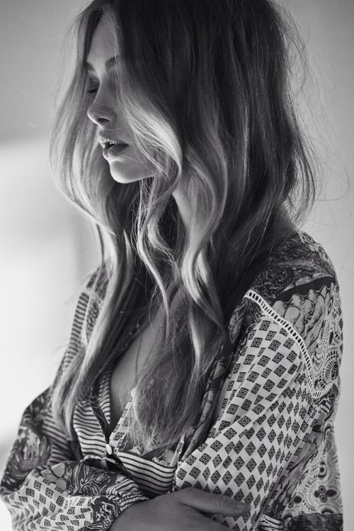 Perfect profile, amazing printed blouse...