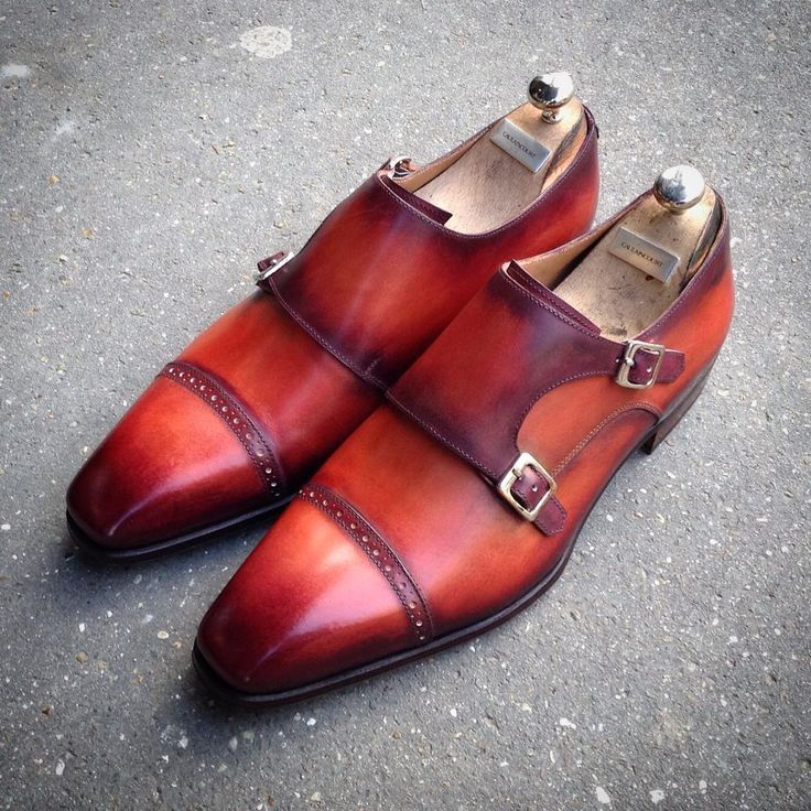 PANDORE model, on dragon last. #handmade #france #paris #caulaincourt #caulaincourtshoes #dandy #menstyle #menshoes #patina #wardrobe #men #styleCaulaincourt #last #caulaincourtparis  #madeinfrance #shoes #polish #shoeshine #luxury #leather #myshoes #luxe #shoemaker #design #luxurybrand #luxurystyle #picoftheday #shoeporn #monkstrap