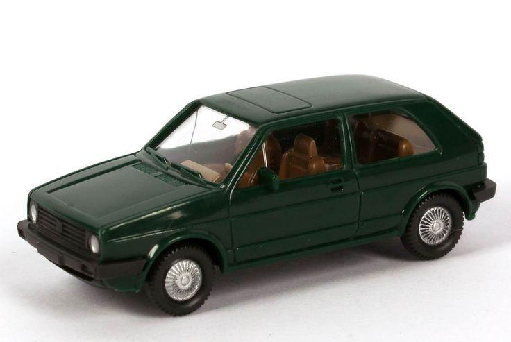 Wiking VW Golf II 2türig dunkelgrün bei 1zu87.com