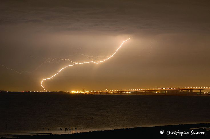 Nature's Electric Show : Thunderstorms Photography