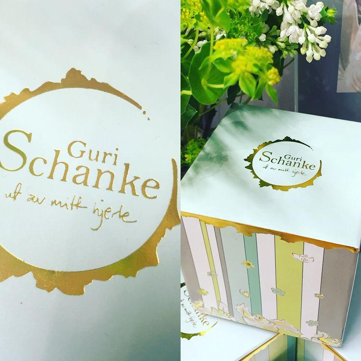 Giftbox and logo