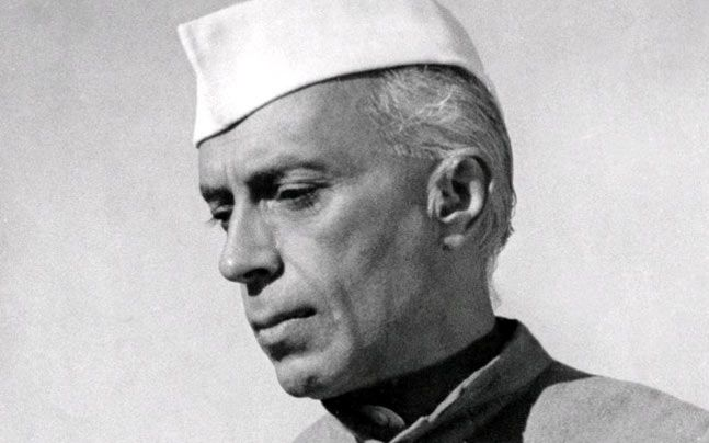 पंडित जवाहरलाल नेहरू निबंध : jawaharlal nehru hindi essay