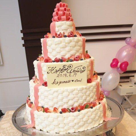 結婚式場写真「インパクト抜群! 5段ケーキ☆」 【みんなのウェディング】