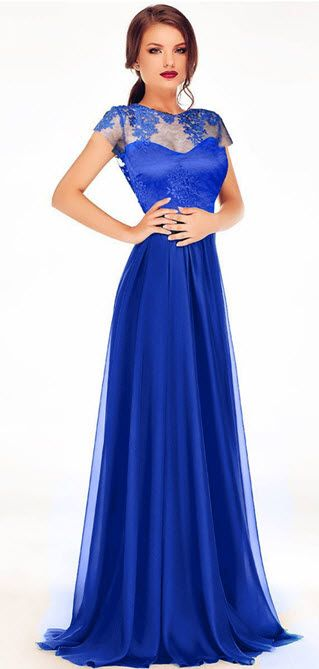 rochie lunga albastra dantela cu voal