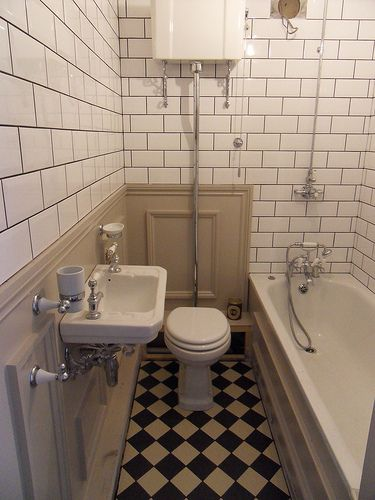 20 best images about old fashioned bathroom on pinterest for Old fashioned bathroom designs