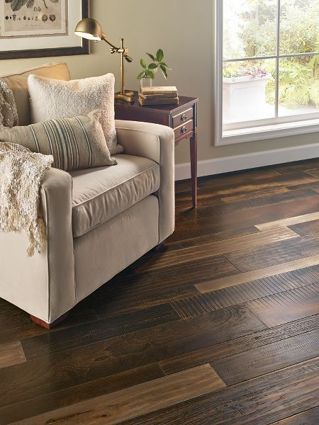 Learn more about Armstrong Mixed Species - Olde Woods and order a sample or find a flooring store near you.