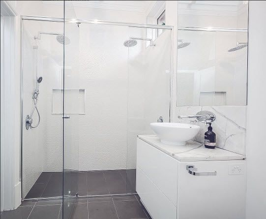 imagine walking into this double shower itu0027s hard to beat a timeless bathroom