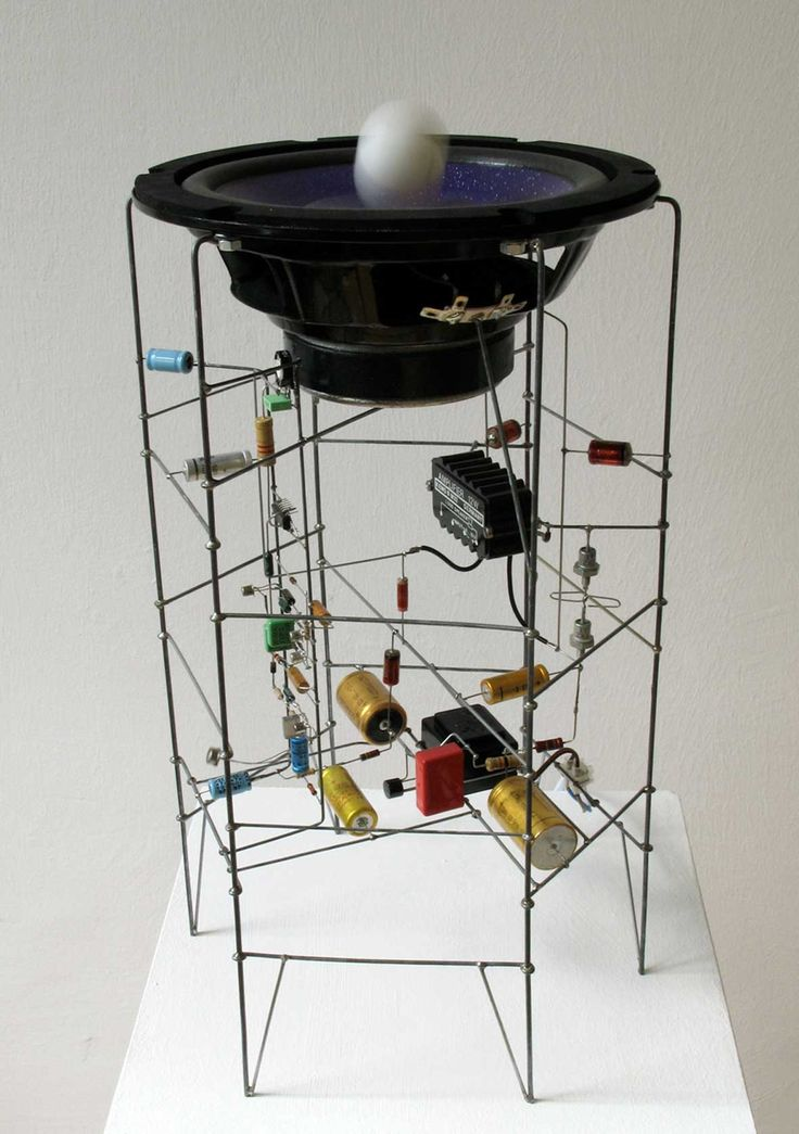 Speaker, transistors, electronic circuit and a ping-pong ball. Kugel-Percussion by Peter Vogel