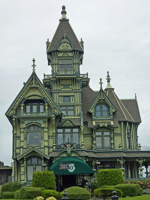 The Carson Mansion, Victorian house in Eureka, California. Eureka = town full of old Victorian houses.