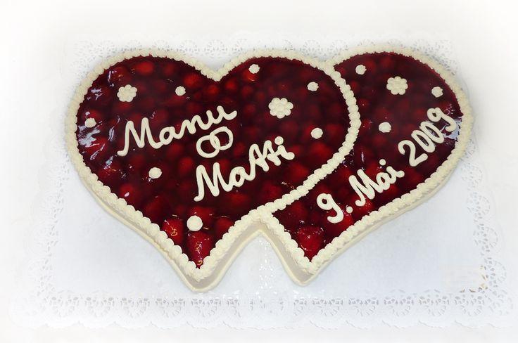 Hochzeitstorte Zwei Herzen