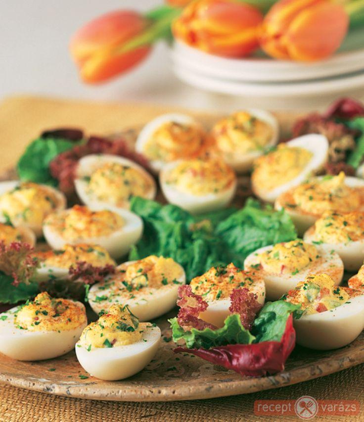 Mennyei töltött tojás Készítsd el akár 2, vagy 12 főre, a Receptvarazs.hu ebben is segít!