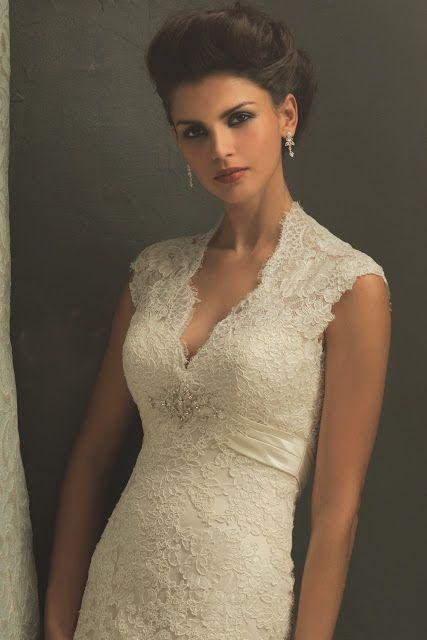 Traum Brautmode Online Shop - Günstige Brautmode: Brautkleid Spitze 2012 Massanfertigung