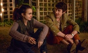 Lily Collins and Alex Sharp in To The Bone.