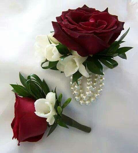 Somos como una flor Red rose/ freesia buttonhole/ boutonnière and wrist corsage