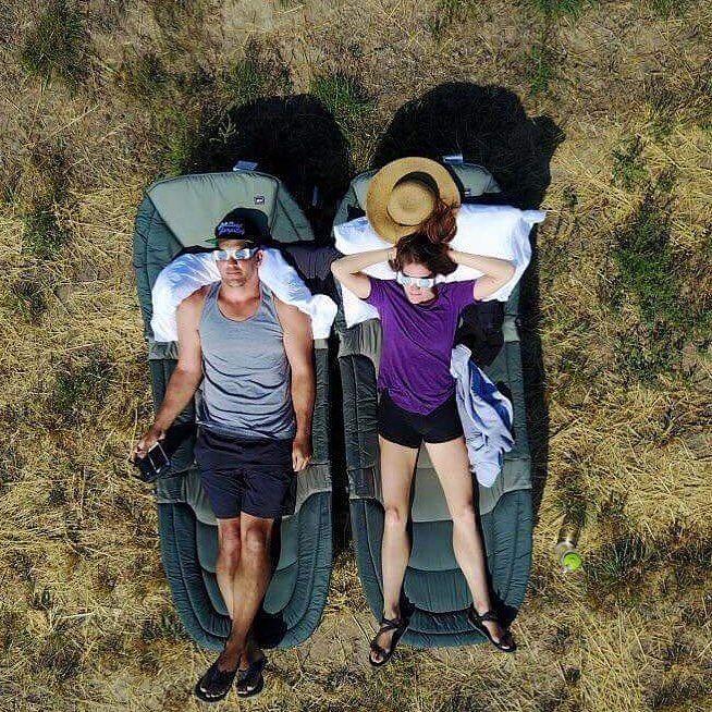 いいね!94件、コメント3件 ― Xero Shoesさん(@xeroshoes)のInstagramアカウント: 「Chris & Roxy from @WildAcroDuo are a traveling acro-yoga duo taking on the world one adventure at a…」