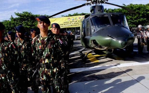 "At least 6000 Indonesian soldiers and police, helicopters, Hercules airplanes and two warships will be deployed in West Papua to ""maintain security"" for the visit of the Indonesian President on Friday. The Head of the Indonesian Military in West Papua, General Fransen warned that security officers ""would not hesitate to take any stern measures against anyone who wants to block the visit."" Why does the Indonesian president need 6000 troops, helicopters, airplanes and warships to protect him?"