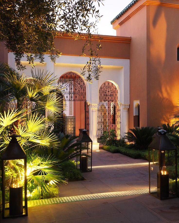 "445 Likes, 4 Comments - My Dear Morocco (@mydearmorocco) on Instagram: ""🔸La Mamounia, Marrakech 🔸🏵️🔸#hotel #architecture #arch #hotel #luxury #garden #lantern #travel…"""