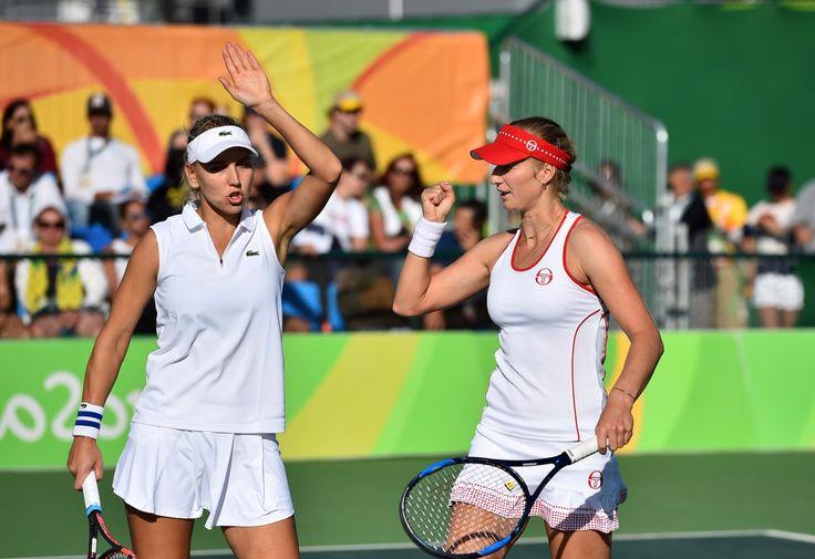 Kate Makarova & Elena Vesnina defeated Muguruza/Suarez Navarro 63 64 to reach semifinals in Rio 2016 - Olympic Tennis