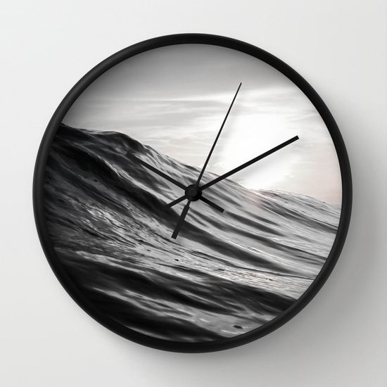 #water #ocean #sea #wave #motion #nature #smooth #surf #surfing #clock #wallclock